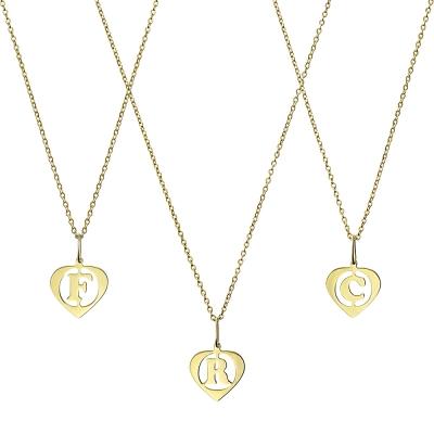 Colier aur cu initiala in inima